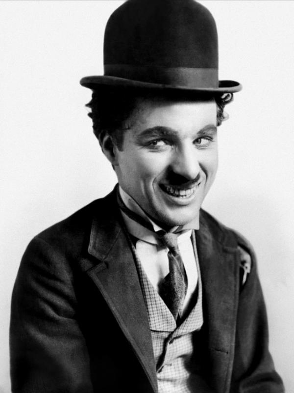 """Charlie Chaplin """"Un giorno senza sorriso è un giorno perso"""""""